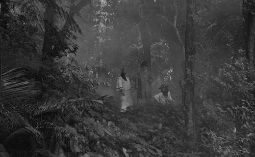 "Una scena di ""A Lullaby to the Sorrowful Mystery"" di Lav Diaz"